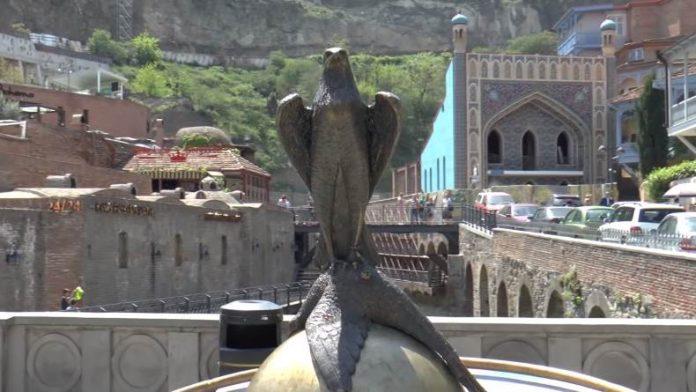 Carju-drevnej-Kartli-Vahtangu-Gorgasali-kak-to-sluchilos-podstrelit-zdes-fazana