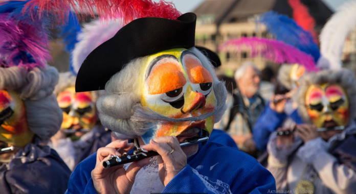 Fasnaht-protestantskij-karnaval-mira