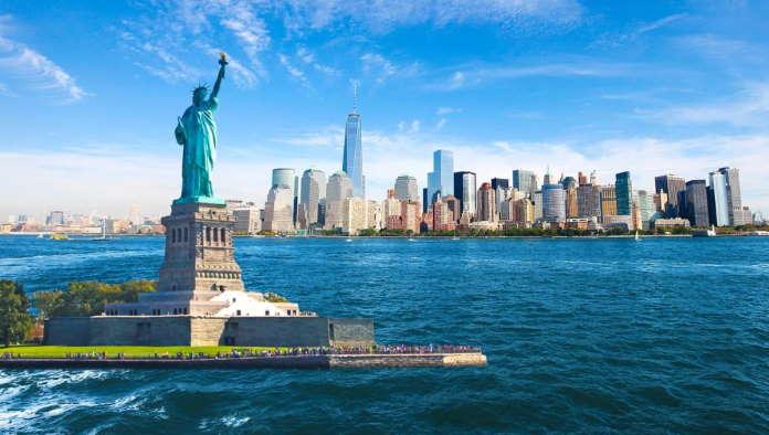 Statuja-Svobody-v-Nju-Jorke