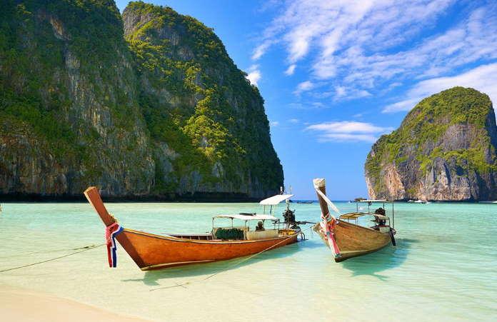 Zaliv-Majja-ostrova-Phi-Phi-Tailand