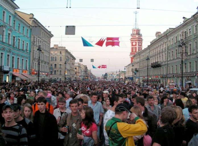 Праздник выпускников «Алые паруса» в Санкт Петербурге
